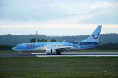 TUI 737-800 G-TAWN, Bristol (Bristol Airport Spotter) Tags: bristol international airport runway 27 jet passenger plane airliner early morning dawn june 2019 tui thomson boeing 737 800 gtwan tom66h landing