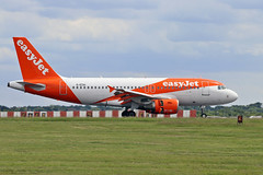 G-EZAI Airbus A.319-111 easyJet (PlanecrazyUK) Tags: egss londonstansted stn stanstedairport londonstanstedairport gezai airbusa319111 easyjet 090619