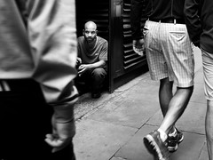 (alb.montagna) Tags: street streetphotography streetportrait people olympus zuiko blackandwhite monochrome monochromeworld london