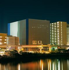 cube (akira asakura) Tags: 201902 okinawa 沖縄 naha 那覇市 provia100f rdpiii hasselblad500cm sonnarcfi150mm