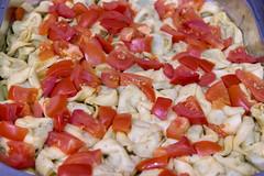 Spinattortellini mit Tomatenstücken in Käsesauce, im Wärmebehälter am Büfett (verchmarco) Tags: bcko19 bcbn19 koblenz basecamp hostel bcbn20 barcamp bcko20 bonn dinner abendessen lunch mittagessen delicious köstlich noperson keineperson traditional traditionell food lebensmittel ingredients zutaten cooking kochen nutrition ernährung tomato tomate cheese käse health gesundheit vegetable gemüse ready bereit basil basilikum taste geschmack healthy gesund meal mahlzeit restaurant cuisine kochen2019 2020 2021 2022 2023 2024 2025 2026 2027 2028 2029 2030 historic feet interior coth5 decoration colours spain eos village