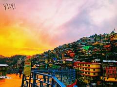 #Travel #India #Shimla #Colourfullhouse #sunset (watsonchain2194) Tags: travel india shimla colourfullhouse sunset
