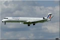 Bombardier CRJ-1000, HOP!, F-HMLJ (OlivierBo35) Tags: spotting spotter rns lfrn bombardier crj crj1000 hop