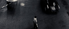 Traffic (h329) Tags: 35mm summicron f20 7element street leica bw traffic taiwan taipei 台灣 台北市 信義區 hsinyidistrict m9p