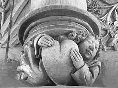 """Jacques Coeur de Bourges et l'Alchimie..LA CHASSE A LA SORCIERE """"ALCHIMIE""""...« A vaillans cuers riens impossible »... « Chimia Transmutatia extat Monspelii Gallice Conscriptum » (bernawy hugues kossi huo) Tags: adepte jacquescœur bourges alchimie alchimiste palaisjacquescoeur"""
