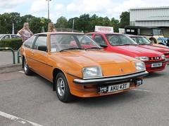 AKU 43T - 1979 Vauxhall Cavalier 2000 GLS Sportshatch (quicksilver coaches) Tags: vauxhall cavalier sportshatch aku43t vauxhallheritage luton