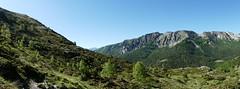 Encore vert (François Magne) Tags: boucle pic 3 trois seigneurs pyrénées montagne rocher neige panorama minéral