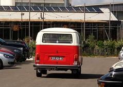 1978 Volkswagen Transporter 1600 (T2) 221611 (rvandermaar) Tags: 1978 volkswagen transporter 1600 t2 221611 vwtransporter volkswagentransporter vwt2 volkswagent2 sidecode3 59xd81