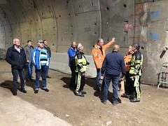 Wandelen door tunnel (Rotterdamsebaan) Tags: vlietzoom denhaag infra infrastructuur bouwen techniek rotterdamsebaan dagvandebouw tunnel