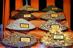 Nuts (hermann.kl) Tags: nüsse nuts mandeln almonds lebensmittel food