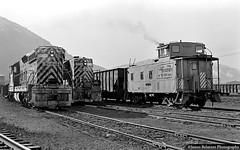 The Day Begins (jamesbelmont) Tags: riogrande drgw emd sd7 gp9 caboose provo utah tintic train railroad railway locomotive