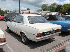 DEV 277G - 1969 Vauxhall Viva GT (quicksilver coaches) Tags: vauxhall viva hb dev277g vauxhallheritage luton