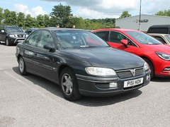 P151 HOH - 1996 Vauxhall Omega 2.5i CDX (quicksilver coaches) Tags: vauxhall omega p151hoh vauxhallheritage luton