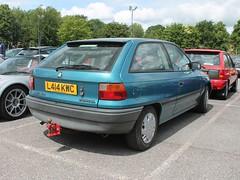 L414 KWC - 1993 Vauxhall Astra 1.4i LS (quicksilver coaches) Tags: vauxhall astra l414kwc vauxhallheritage luton