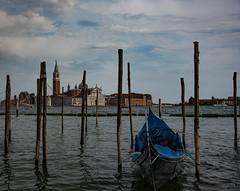 Venedig (fabian.tanin) Tags: venedig boot boat wasser water building gebäude stadt sea town meer venice gondel