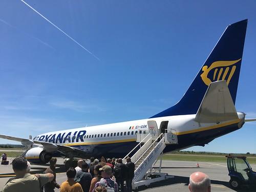 """Ryanair EI-GSK at """"Rodez Aveyron Airport"""""""