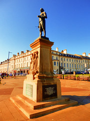 Captain Cook Statue, Whitby, North Yorkshire, UK (photphobia) Tags: whitby town coast yorkshire england uk europe oldtown oldwivestale outside outdoor river riveresk street streetphotos