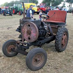 Home built tractor (Schwanzus_Longus) Tags: oyten german germany east ddr gdr old classic vintage self made home built tractor farm farming vehicle machine ekm stationary engine