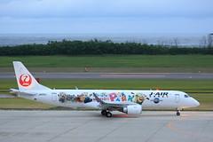 JA252J (Takuya Homma) Tags: 新潟空港 niigataairport niigata aviation airplane jal jair japanairlines embraer embraer190 ja252j