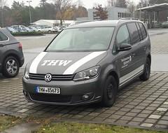 VW Touran - OV Siegburg (michaelausdetmold) Tags: volkswagen vw einsatz blaulicht fahrzeug katastrophenschutz kats thw touran siegburg nrw