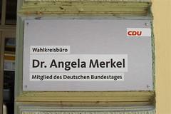 Büro der Bundeskanzlerin Dr. A. Merkel in Stralsund (Carl-Ernst Stahnke) Tags: bundeskanzlerin büro stralsund innenstadt schild merkel brd cdu wahlkreis bundestag deutschland hansestadt