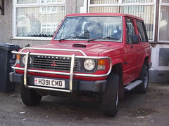 1991 Mitsubishi Shogun Hard-Top Diesel (Neil's classics) Tags: 1991 mitsubishi shogun hardtop diesel 2477cc wagon