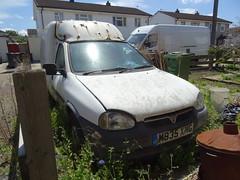 1994 Vauxhall Combo LS 775 Diesel (Neil's classics) Tags: 1994 vauxhall combo ls 17 diesel abandoned van
