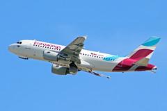 D-ABGN (afellows80) Tags: airbus a319 eurowings egll lhr heathrow dabgn