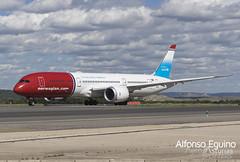 Boeing 787-9 (LN-LNT) Norwegian (eguino) Tags: boeing b787 norwegian unicef