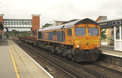 66732 Strood (localet63) Tags: class66 gbrailfreight 66732 6c01 strood kent medwaytowns medwayvalleyfreights