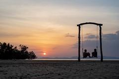 Sommerliebe (Leicaluke) Tags: sunset meer sonnenuntergang romantik sand leica m
