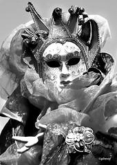 les yeux miroir de l'âme (quentinmirabelle) Tags: masque yeux carnaval montélimar drôme provence nb bw noiretblanc blackwhite monochrome instantané larue âme nikon d5500
