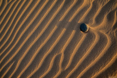 Sand waves. (Carlos Arriero) Tags: maspalomas grancanaria españa sandwaves sand carlosarriero waves sunset composición composition color colour colors nikon d800e 2470f28 nature naturaleza natgeo creative creativa art arena huellas footprints
