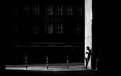 Status Check (Sven Hein) Tags: frau menschen leute strasse zigarette frühling schwarzweiss strassenfotografie statuscheck woman people street streetlife phone cigarette spring bw blackandwhite candid streetphotography olympus penf