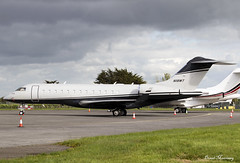 Avalon Capital Group LLC. Global Express N118WT (birrlad) Tags: shannon snn international airport ireland aircraft aviation airplane airplanes bizjet private passenger jet parked apron ramp avalon capital group llc global express n118wt bombardier bd7001a10 glex