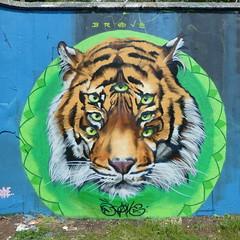 Brave, Grenfell graffiti jam, Trellick Tower (duncan) Tags: graffiti trellick trellicktower grenfell grenfelltower brave