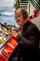 SERIE ROSTROS AMBIGUOS (Yeshua_ph) Tags: bogota dc fotografia retratos efecto dragan colores centro serie arrugas tercera edad musica