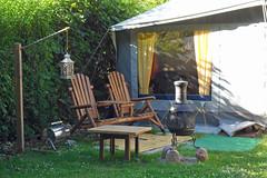 Camping Zeltplatz Altefähr (Sund Camp) (Carl-Ernst Stahnke) Tags: rügen campingplatz wohnwagen altefähr vorzelt versorgung bäcker sanitäranlagen seebad kurtaxe laterne ofen grill sessel sundcamp