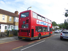 GAL PVL284 - PJ02RCU - OSR - GARLAND ROAD WOODLANDS ESTATE - MON 17TH JUNE 2019 (Bexleybus) Tags: goahead go ahead london pvl284 pj02rcu volvo b7tl plaxton president tfl route 291 rare woodlands estate plumstead common garland road se18
