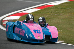 British Sidecar Championship - Robinson-Hauxwell ({House} Photography) Tags: bsb british superbikes bikes motorcycle motorbike race racing motorsport motor sport canon 70d housephotography timothyhouse sigma 150600 contemporary two wheels big brands bash king molson group sidecar championship