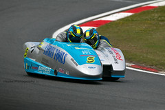 British Sidecar Championship - Biggs-Schmitz (2) ({House} Photography) Tags: bsb british superbikes bikes motorcycle motorbike race racing motorsport motor sport canon 70d housephotography timothyhouse sigma 150600 contemporary two wheels big brands bash king molson group sidecar championship