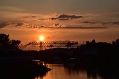 Sunset (K&S-Fotografie) Tags: sonnenuntergang sunset wasser flus rhein kran medienhafen düsseldorf fotowalk water river ship schiff