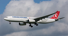 A330 | TC-LOE | AMS | 20190616 (Wally.H) Tags: airbus a330 tcloe turkishairlines thy türkhavayollari ams eham amsterdam schiphol airport