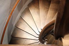 Kaiserburg, Nürnberg IMG_8789 (pappleany) Tags: pappleany indoor architektur treppe wendeltreppe stairs spiralstaircase kaiserburg nürnberg mittelfranken bayern