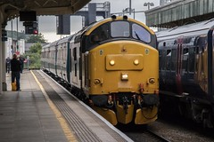 1701 Cardiff Central-Rhymney service, 17th June 2019 (Dai Lygad) Tags: photos photographs pictures images freetouse stock flickrstock jeremysegrott flickr transportforwales tfw rhymneyvalley 17thjune 2019 firstdayofclass37operation 37418 class37 locomotivehauled locohauled publictransport travel wales southwales uk