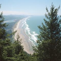 Neahkahnie Mountain, Oregon (joelmetlen) Tags: neahkahniemountain oregon film hasselblad vista coast ocean mountains