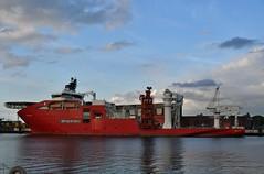 Connector (Hugo Sluimer) Tags: haven havenfotografie havenfoto harbour harbourphoto harbourphotography nederland zuidholland holland nikon nikond500 d500 onzehaven portofrotterdam port