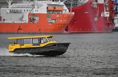 Watertaxi (Hugo Sluimer) Tags: haven havenfotografie havenfoto harbour harbourphoto harbourphotography nederland zuidholland holland nikon nikond500 d500 onzehaven portofrotterdam port
