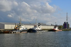 Bever, Christos XXII en MTS Victory (Hugo Sluimer) Tags: haven havenfotografie havenfoto harbour harbourphoto harbourphotography nederland zuidholland holland nikon nikond500 d500 onzehaven portofrotterdam port
