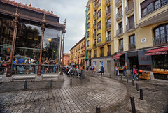 Plaza in Madrid, Spain (` Toshio ') Tags: toshio madrid spain spanish europe plazadesanmiguel plaza square market people street city oldtown european europeanunion cafe restaurant fujixt2 xt2